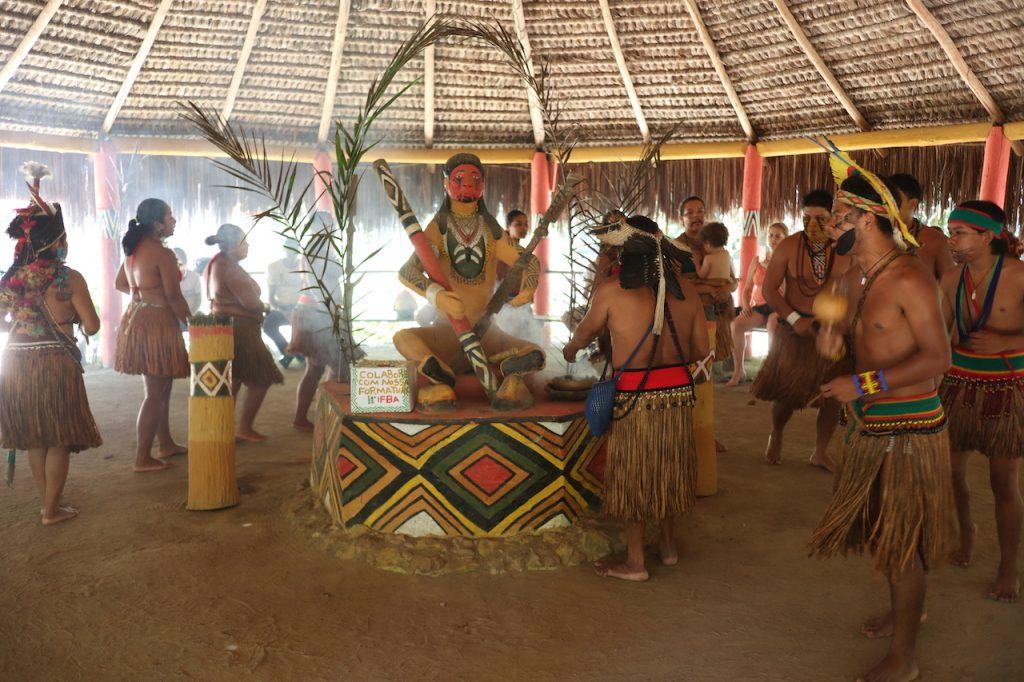 cerimônia tribo indígena pataxó